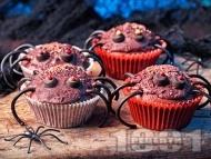 Рецепта Шоколадови къпкейкове за Хелоуин във формата на паяци